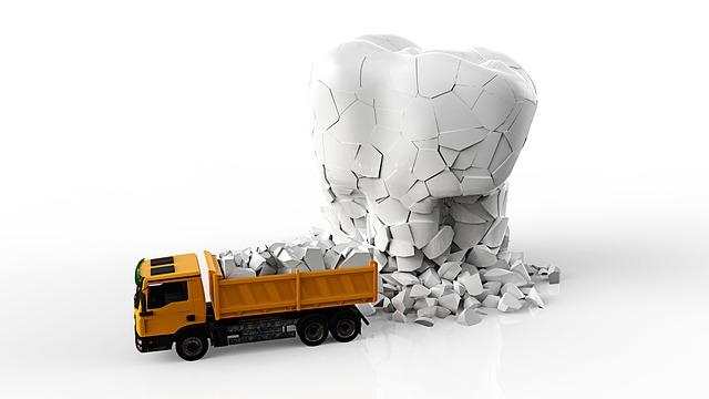壊れる歯とトラック